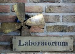 Laboratorium (2)